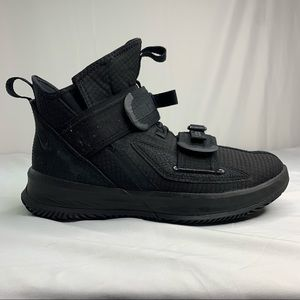 Nike LeBron Soldier 13 SFG 'Black Out' Shoes M8